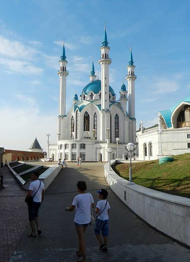 Kazan Kremlin: the Qolsarif (also spelled Qol Sharif) Mosque